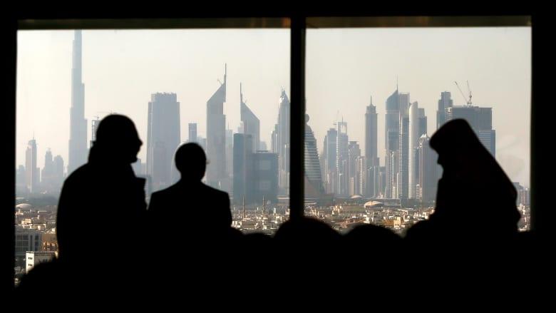 """خلفان ينتقد إقرار """"دائرة الأراضي والأملاك"""" في دبي لنظام الإيجار المنتهي بالتمليك"""