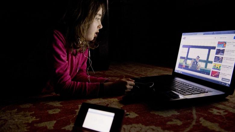 كيف يصبح يوتيوب منصة آمنة للأطفال؟ مسؤول بالشركة يجيب لـCNN