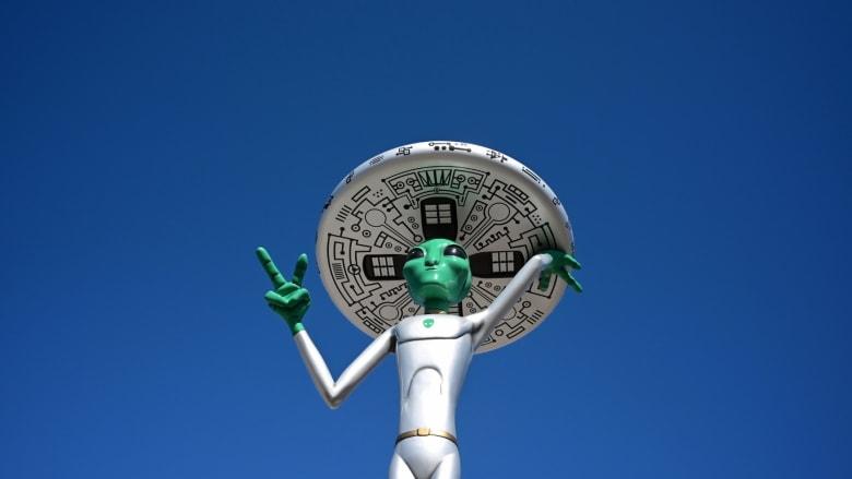 """""""المنطقة 51"""".. ودعاوى اقتحامها لمشاهدة الكائنات الفضائية"""