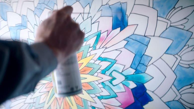 لوحة تجمع بين الفن والكيمياء.. وتتغير بتغير درجة الحرارة