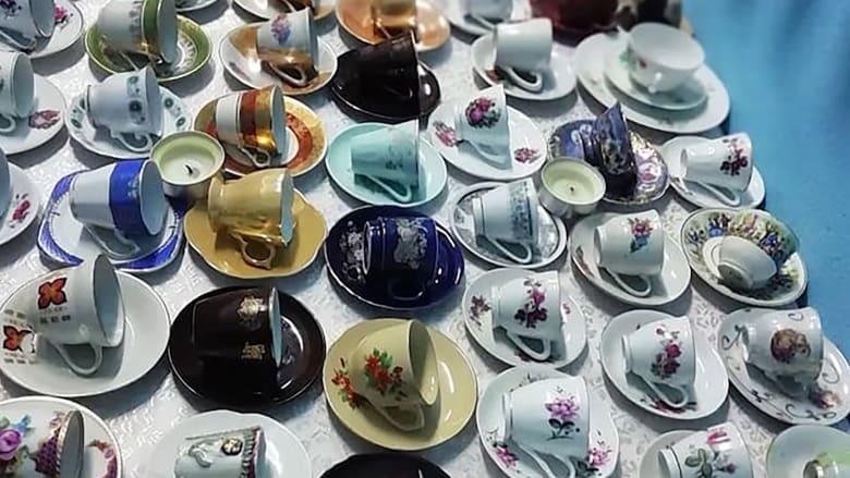 تركية تعتقد أنها تمتلك أكبر تشكيلة من أكواب قهوة في العالم