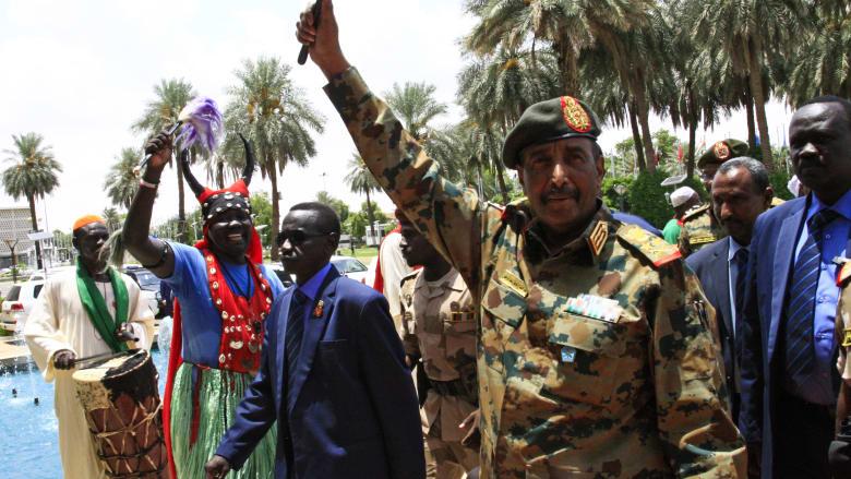 المجلس العسكري السوداني يعلن تشكيل مجلس السيادة برئاسة البرهان