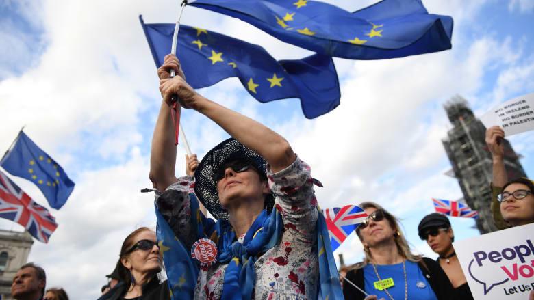 البرلمان البريطاني يوافق مبدئيًا على مشروع قانون يمنع الخروج من الاتحاد الأوروبي دون اتفاق