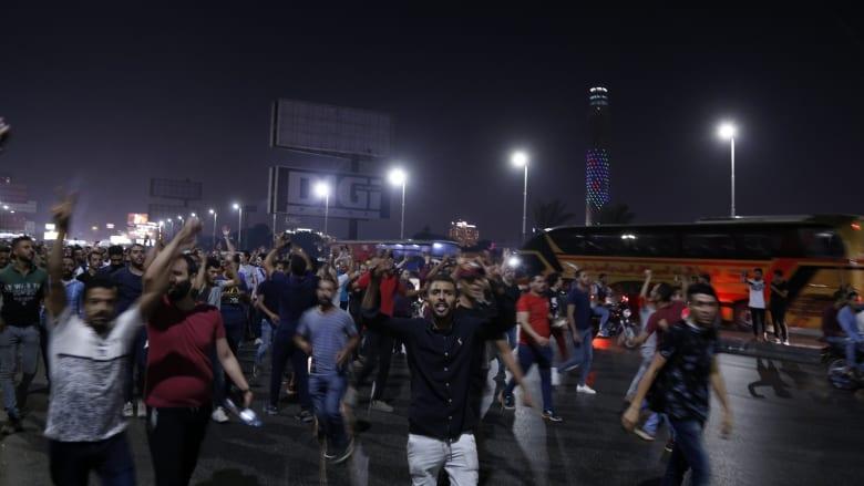 بالصور.. مظاهرات قرب ميدان التحرير ضد رئيس مصر عبدالفتاح السيسي