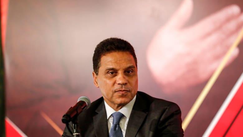 صورة لحسام البدري في المؤتمر الصحفي الذي قُدم فيه مدربا لمصر