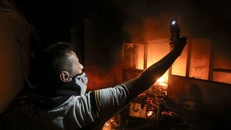 ماذا يعني حرق قنصلية إيران في مظاهرات العراق لمحتجين؟