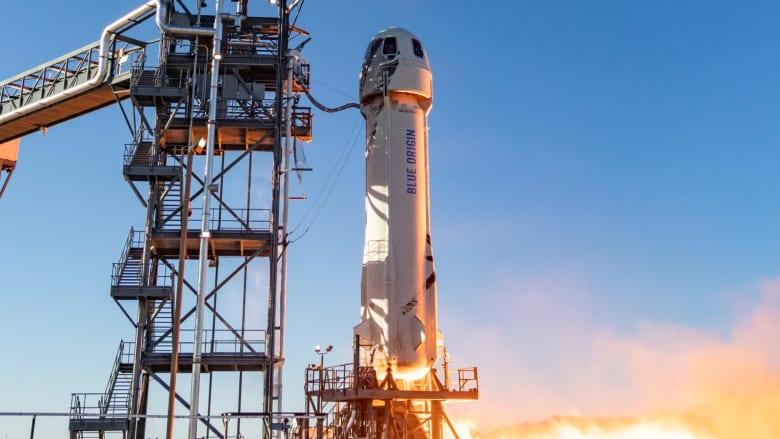 شاهد اختبار شركة جيف بيزوس لصاروخها السياحي إلى الفضاء