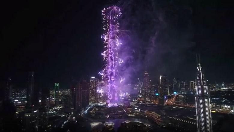 عروض نارية ضخمة.. دبي تحتفل بالعام الجديد 2020