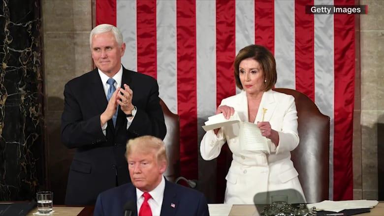 """معجبون ونقاد يلقبون بيلوسي بـ""""نانسي الممزقة"""" بعد خطاب ترامب"""