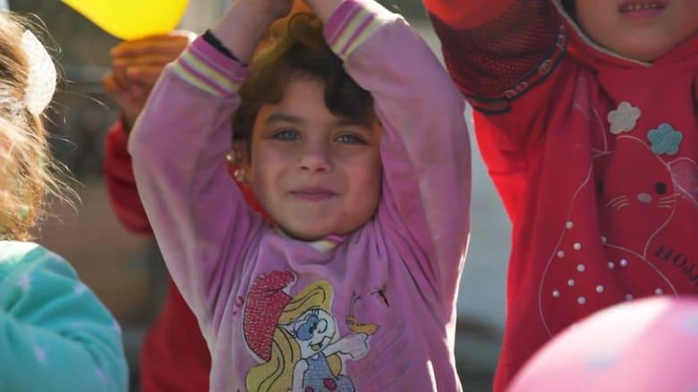 أطفال إدلب.. معاناة إنسانية تزيد من وطأتها الحرب