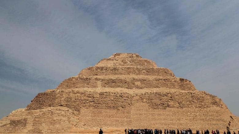 بعد ترميم استمر 14 عامًا.. مصر تعيد فتح هرم زوسر الأقدم في العالم أمام الزوار