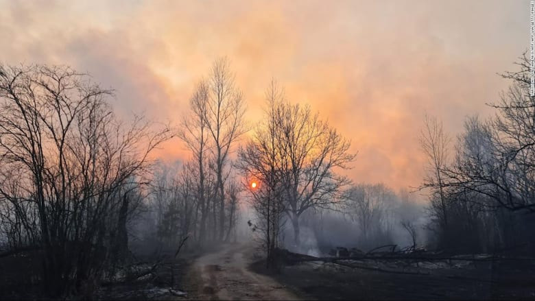 حرائق الغابات تتسبب في ارتفاع مستويات الإشعاع في تشرنوبل