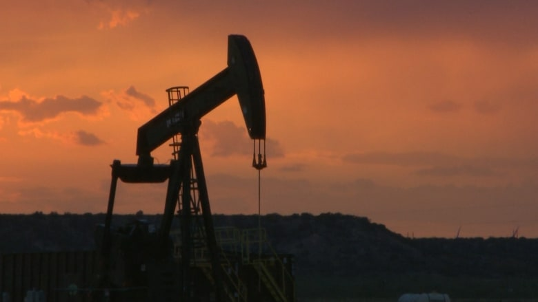 عام 2020.. كابوس كورونا يضرب صناعة النفط العالمية