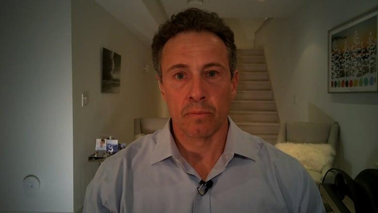 كريس كومو: زوجتي أصيبت بفيروس كورونا وأعراضها مختلفة تماماً عني