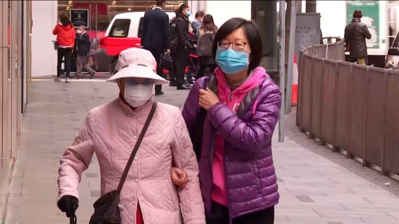 حكاية مدينتين.. ما هي الدروس التي يمكن أن نتعلمها من كيفية تعامل هونغ كونغ وسنغافورة مع فيروس كورونا؟