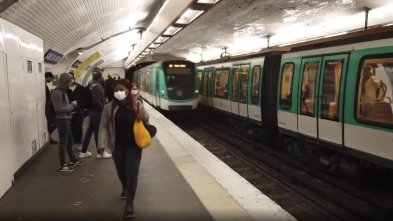 محطات مترو باريس تكتظ بالمسافرين رغم تفشي فيروس كورونا