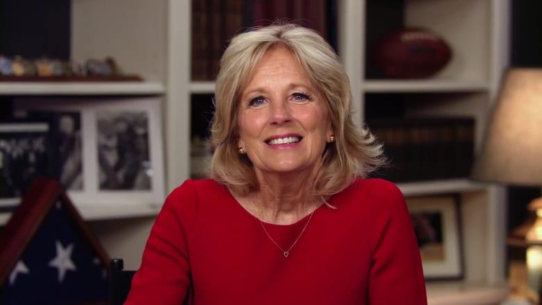 زوجة جو بايدن: أود أن يتم اختيار ميشيل أوباما نائبة للرئيس الأمريكي