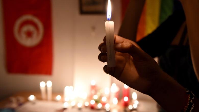 القنصلية التونسية تسجل زواج مواطن من آخر فرنسي.. ووزير ينفي قانونية عقد قران المثليين