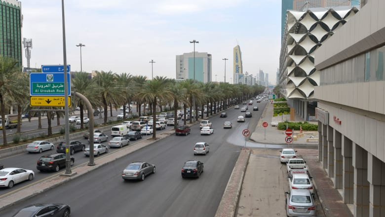 صورة أرشيفية لأحد الطرق في العاصمة السعودية، الرياض