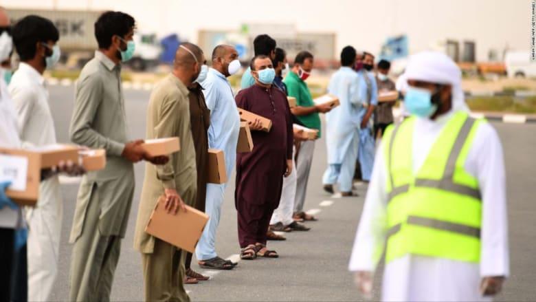 فيروس كورونا يضع العمالة في الخليج بضائقة