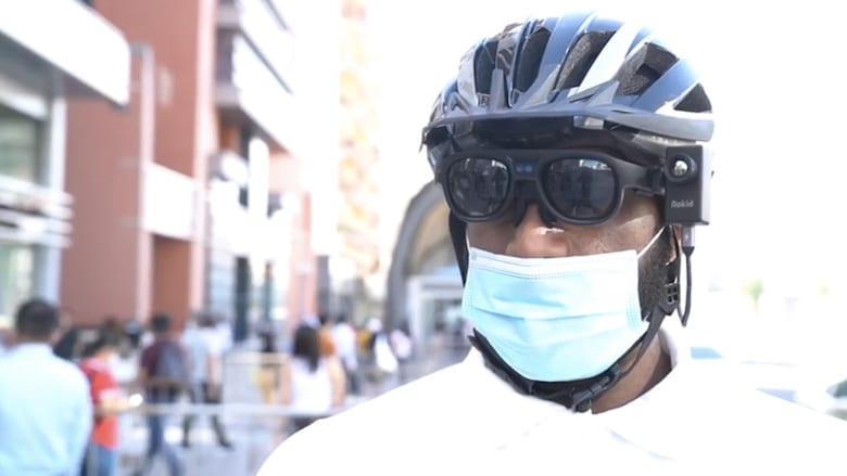 تمسح 100 شخص بالدقيقة.. العقيد محمد العبار يوضح لـCNN مزايا النظارة الذكية في دبي