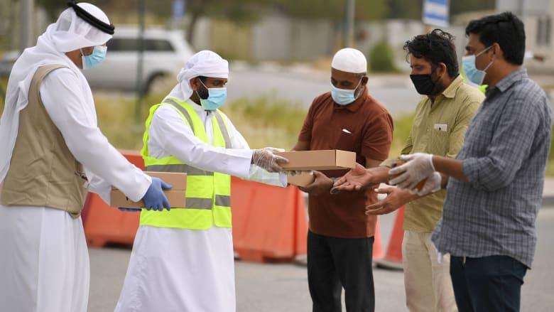 اللواء عبيد يرد لـCNN على تقارير الظروف الصعبة للعمال العالقين في دبي بسبب كورونا