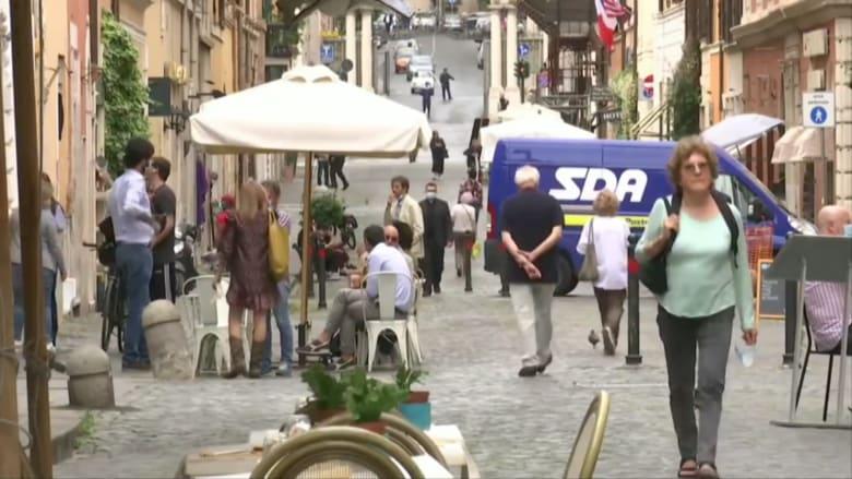 إيطاليا تبدأ مرحلة جديدة من تخفيف قيود كورونا بعد 10 أسابيع من الإغلاق