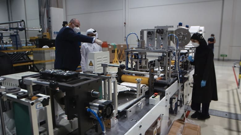بعد شحه عالمياً.. الإمارات تتعمق في صنع أقنعة N-95 لمواجهة فيروس كورونا