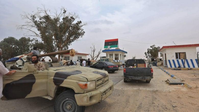 """بعد الوطية.. قوات حفتر تقرر الابتعاد عن جبهات القتال في طرابلس بسبب """"العيد"""""""