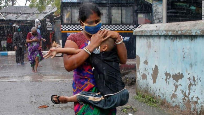 إعصار أمفان يجبر أكثر من مليوني شخص على الإخلاء في الهند وبنغلادش