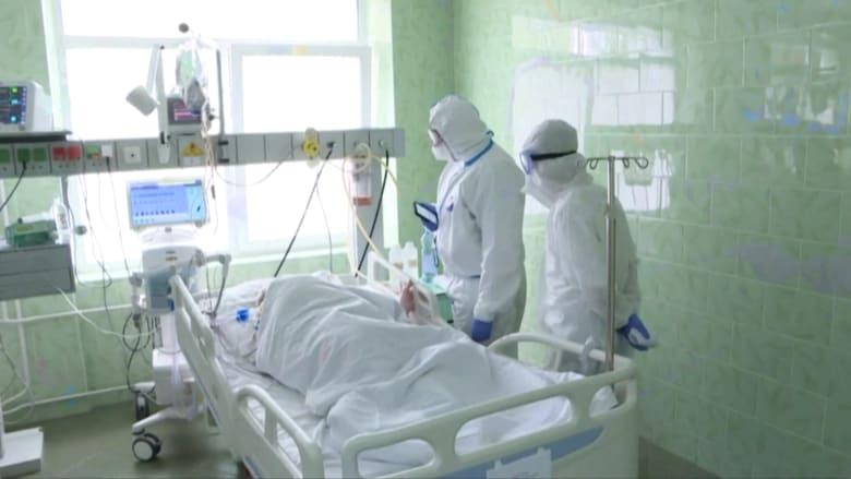 أطباء في روسيا يواجهون كورونا وسط عدوانية وانعدام ثقة.. والسبب؟