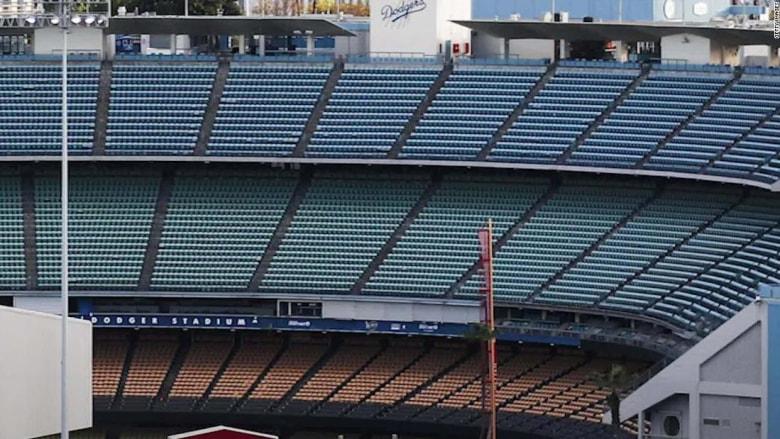 200527210204-sporting-events-no-crowds-stadium-app-moos-pkg-vpx-ebof-00005026-super-169.jpg