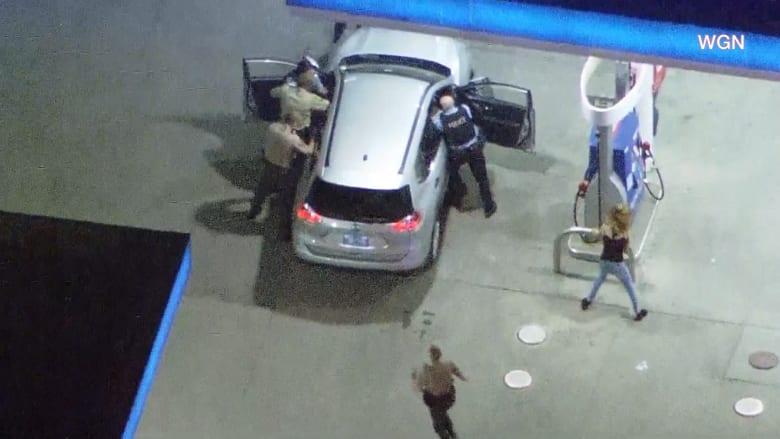 مطاردة شرسة في شيكاغو وإصابة عدد من ضباط الشرطة فيها