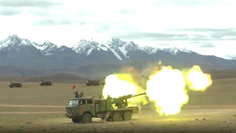 بعد التوتر مع الهند.. الجيش الصيني يستعرض قوته على الحدود