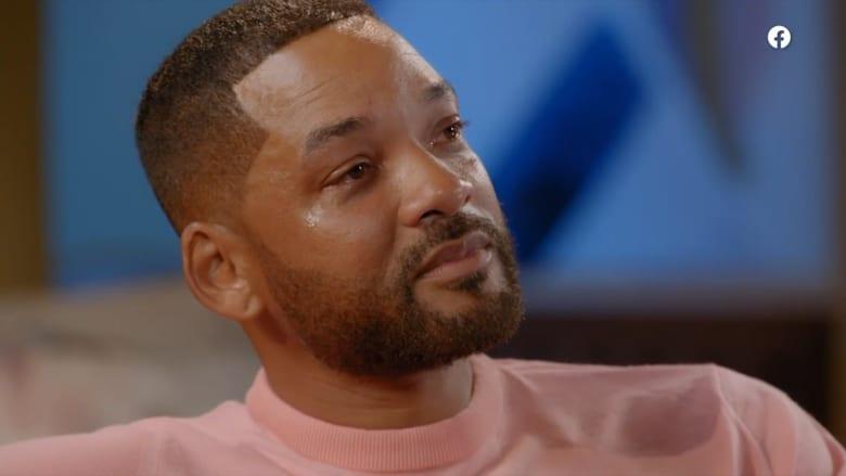 دموع في عيون ويل سميث خلال حديثه عن أولى لحظاته كأب