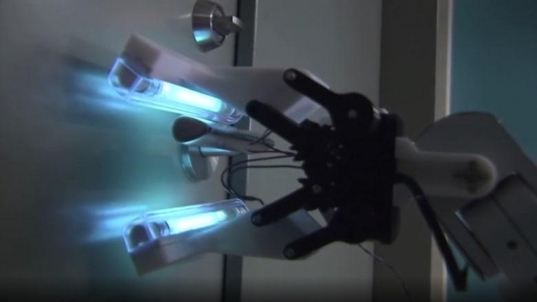 هذا الروبوت يتعقب فيروس كورونا ويقضي عليه أينما وجد