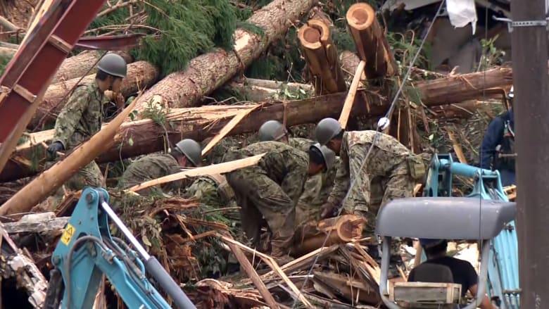 انهيارات أرضية هائلة وفيضانات في اليابان.. 13 مفقودا وإجلاء عشرات الآلاف