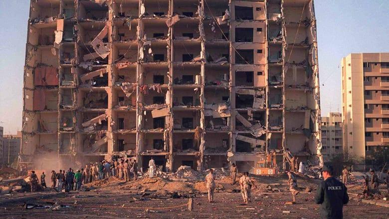 صورة ارشيفية لآثار الهجوم على أبراج الخبر في السعودية العام 1996