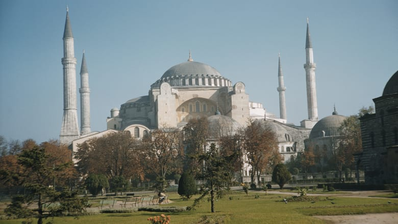 """أردوغان عن تحويل """"آيا صوفيا"""" لمسجد: اتخذنا القرار دون الاكتراث بالآخرين"""