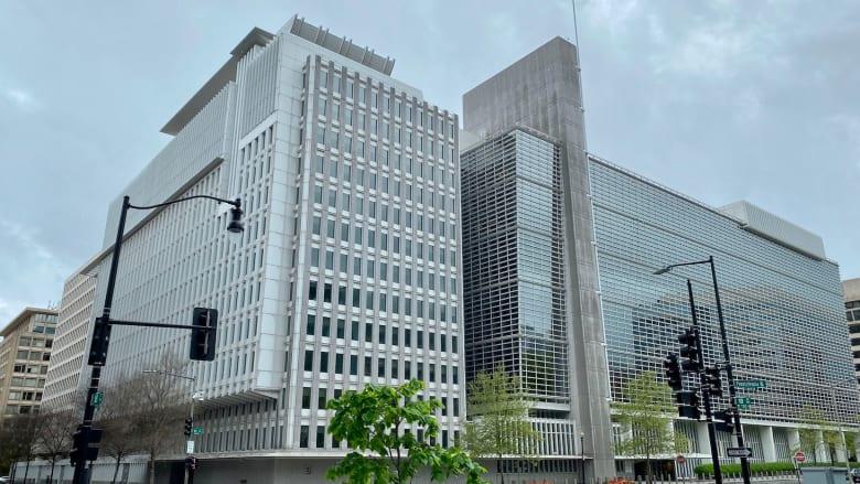 جون دفتيريوس معلقا على تقرير صندوق النقد الدولي: انخفاض عائدات النفط بلغ 270 مليار دولار