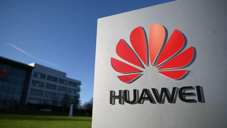 """بعد ضغط أمريكي ومحلي.. بريطانيا تحظر هواوي الصينية من شبكات """"5G"""" الخاصة بها"""