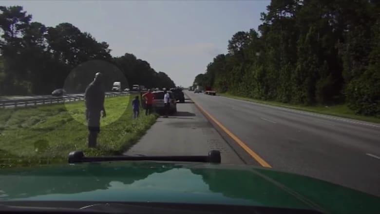 عطل سيارة يتسبب بلقاء رجل بلاعب كرة السلة شاكيل أونيل صدفة على الطريق