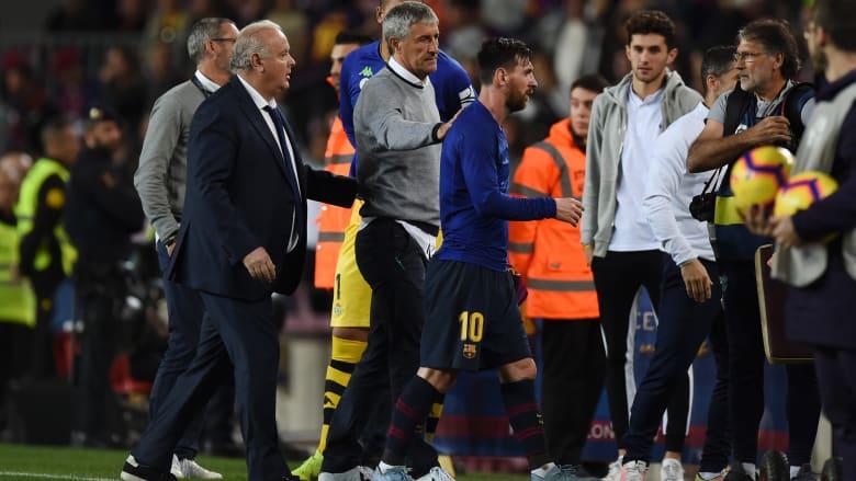 """مدرب برشلونة يرد على تصريحات ميسي """"النارية"""": """"لا أتفق مع كل ما قال"""""""