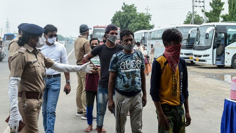 الهند: 39 ألف إصابة جديدة بكورونا بـ24 ساعة.. والفيضانات تجتاح شرق البلاد