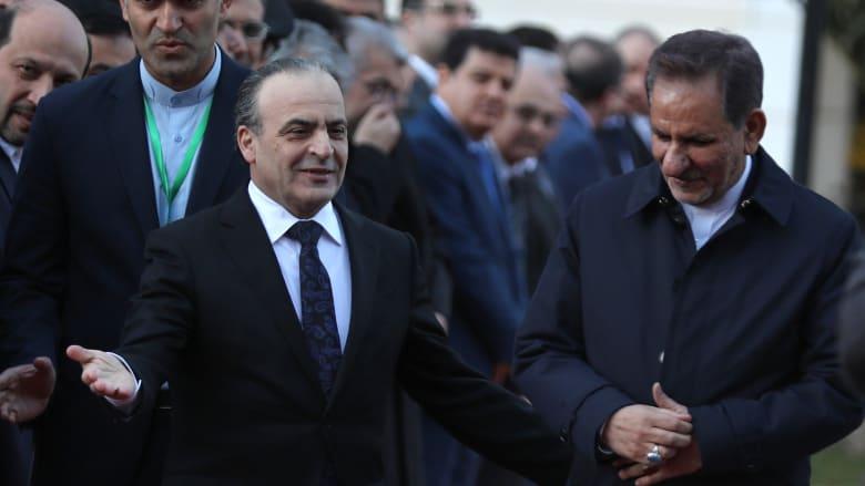 بعد أنباء عن وفاته أو اعتقاله.. ظهور رئيس الوزراء السوري الأسبق في الانتخابات التشريعية