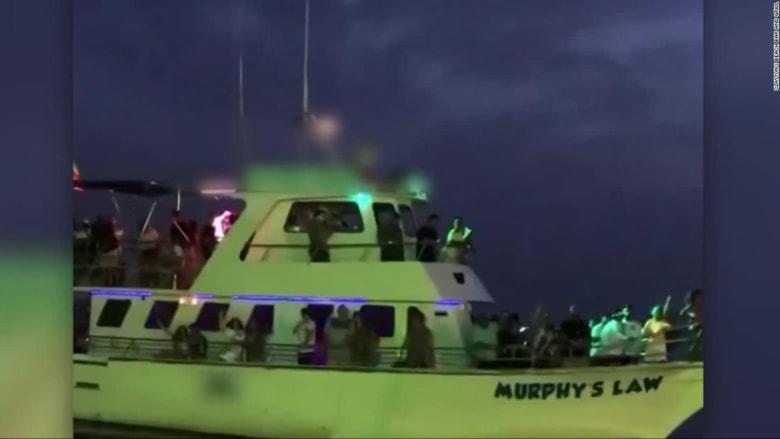 بالفيديو.. حفلة مكتظة على قارب وسط جائحة كورونا في أمريكا