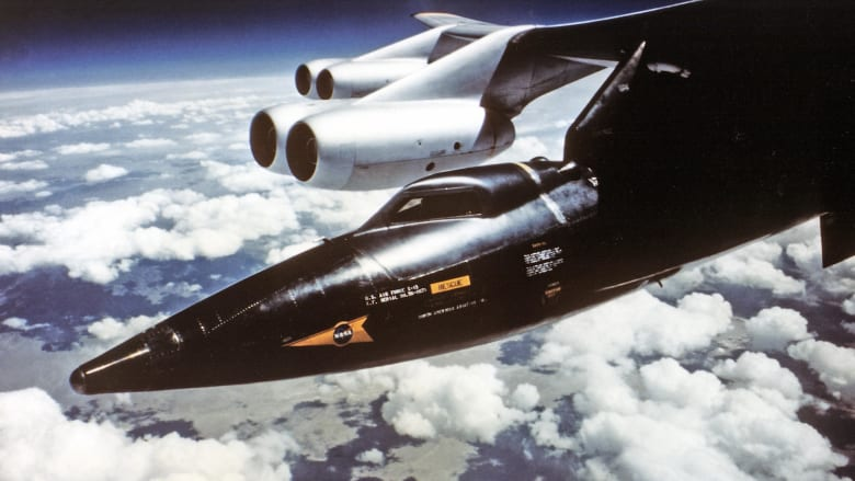 """بعد 60 عامًا من إطلاقها.. لا تزال طائرة """"X-15"""" أسرع طائرة مأهولة في العالم"""