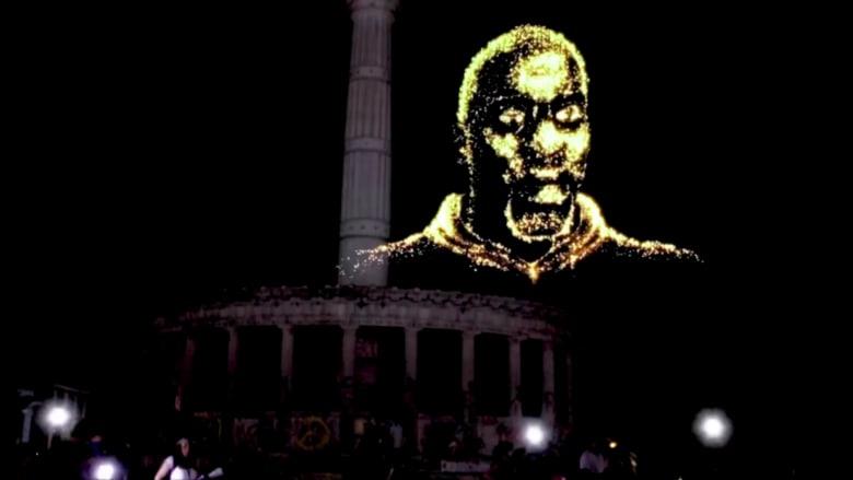 """""""هولوغرام"""" جورج فلويد يحلق فوق مواقع النصب التذكارية للكونفدرالية"""
