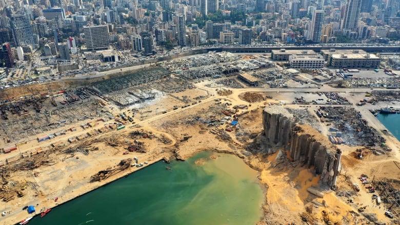 """إعلامي بالجزيرة يثير جدلا بعد حديثه عن تاريخ بناء صوامع مرفأ بيروت """"العثمانية"""""""