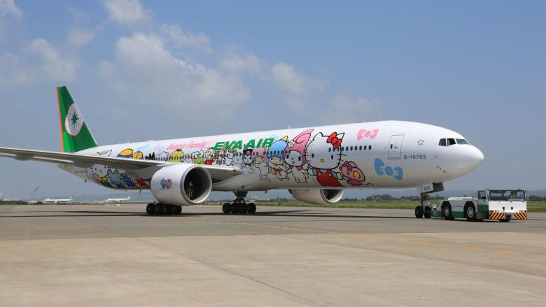 """على متن طائرة """"هيلو كيتي"""".. تايوان توفر رحلة جوية بلا وجهة لمواطنيها المحرومين من السفر"""